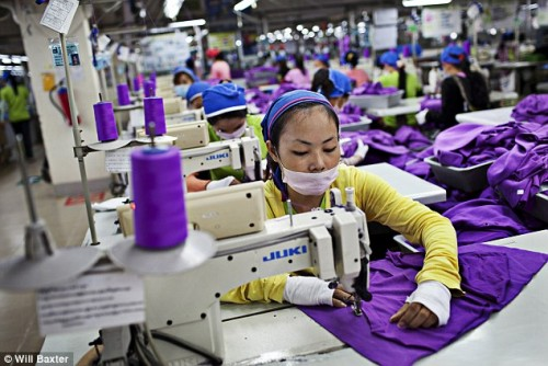 Cambodian PM touts higher wage for garment, footwear workers