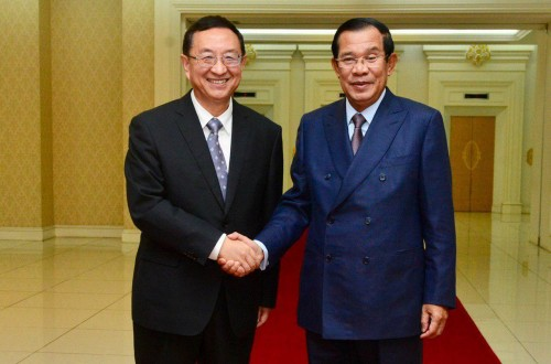 In the morning of 30 January 2019, Samdech Techo Hun Sen receives visiting Chinese Minister of Culture and Tourism H.E. Luo Shugang for talks at the Peace Palace, in Phnom Penh.