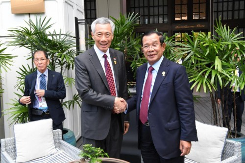 On 23 June 2019, on the sideline of the 34th ASEAN Summit in Bangkok, Thailand, Samdech Techo Hun Sen holds talk with H.E. Lee Hsien Loong, Prime Minister of Singapore.