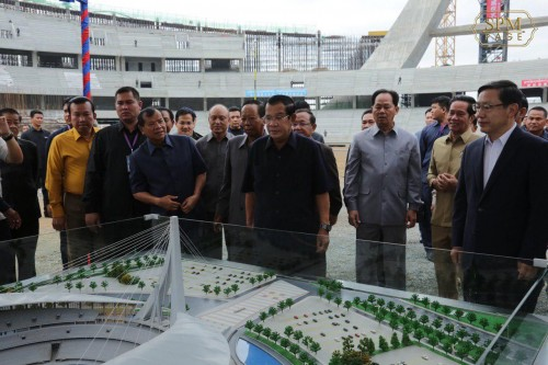 """In the morning of 29 July 2019, Samdech Techo Hun Sen visits the construction site of the new """"Morodok Techo"""" National Stadium and holds a gathering with many construction workers, leaders, officials, trainers and athletes."""