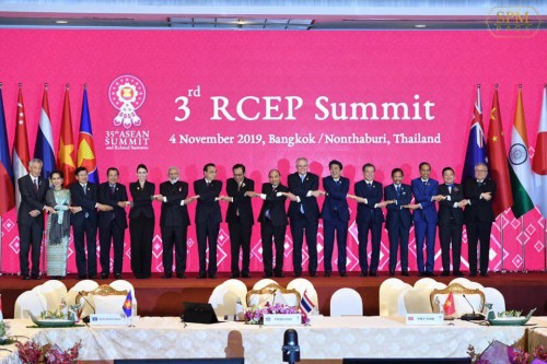 In the afternoon of 4 November 2019, Samdech Techo Hun Sen attends the 3rd RCEP Summit in Bangkok, Thailand.