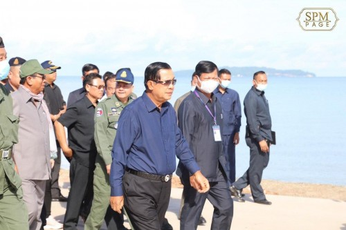 In the morning of 1 June 2020, Samdech Techo Hun Sen goes inspecting the road constructions in Preah Sihanouk province.