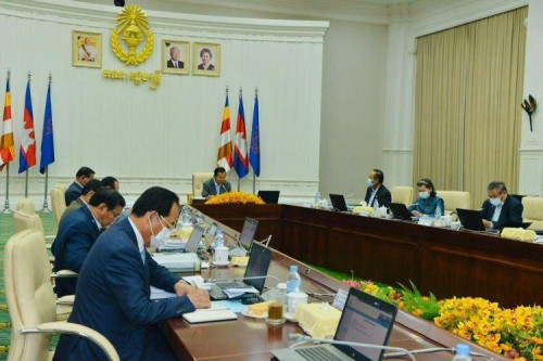 Cambodian Cabinet Ministers Endorse 629 Public Investment Projects for 2021-2023